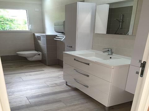 Aménagement intérieur : salle de bains 1