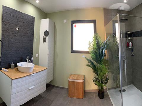 Aménagement intérieur : salle de bains 2
